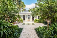 Key West Formal by Craig Reynolds Landscape Architecture