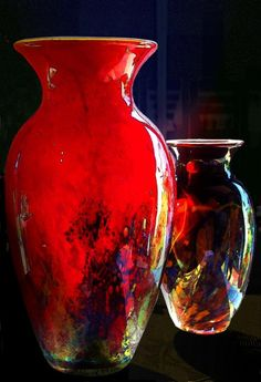 Red Vase...look like they are on fire...beautiful