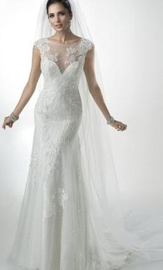Maggie Sottero Savannah Marie 6: buy this dress for a fraction of the salon price on PreOwnedWeddingDresses.com