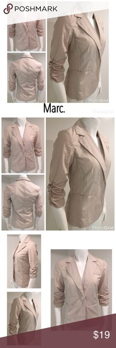 "🆑LAST CHANCE🆑 NWOT Avon mark. Tan Jacket Blazer Avon mark. Small Unlined 3/4 Sleeve Thin Fitted Tan Beige Khaki Jacket Blazer  No retail tag Buttons in bag attached still  No stains No holes Bust 17"" (armpit to armpit) Shoulders 15"" (shoulder seam to shoulder seam) Length 25.5"" (middle top back collar to bottom middle back) 🛍For the best deal, I offer a bundle discount! Please check out my closet for other fabulous items!🛍 mark. by Avon Jackets & Coats Blazers"