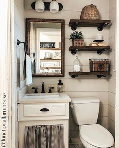 Useful Walk-in Shower Design Ideas For Smaller Bathrooms – Home Dcorz Downstairs Bathroom, Small Bathroom, Bathroom Ideas, Bathroom Stuff, Bathroom Trends, Budget Bathroom, Bathroom Styling, Primitive Bathrooms, Rustic Bathrooms
