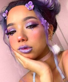 Makeup Looks Discover Aurora Liquid Eyeshadow Purple Fairy Makeup, Purple Makeup Looks, Cool Makeup Looks, Creative Makeup Looks, Crazy Makeup, Cute Makeup, Beauty Makeup, Purple Eyeshadow Looks, Makeup Art