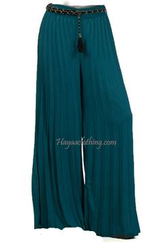 Get comfy and laid-back with our soft flowy chiffon accordion pleats wide-leg palazzo pants. Our maxi length palazzo pants have gorgeous wide-leg sweeps that give the illusion of wearing a maxi long s Chiffon Palazzo Pants, Chiffon Pants, Wide Leg Palazzo Pants, Wide Leg Pants, Modest Long Skirts, Muslim Women Fashion, Pleated Pants, Autumn Fashion, Pants For Women