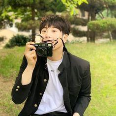 Po Block B, Pyo Jihoon, Man Crush Monday, Kdrama Actors, Minhyuk, Korean Actors, Korean Drama, Daniel Wellington, Boy Groups