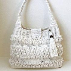 Emma Bag crochet pattern by Deborah O'Leary Patterns