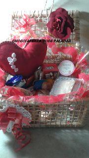 Chocolateria Doce Paladar - cestas de café da manhã: baú bon jour - 29 itens