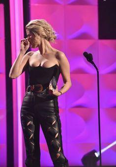 Selena Gomez Billboard Women in Music 2017 | POPSUGAR Celebrity