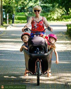 #Repost @our_little_adventures      Czy ja już mówiłam że kocham ten nasz rodzinny rower?  Nie dość że mogę sama ogarnąć w nim trojkę dzieci (w tym niemowlaka dzięki specjalnymu stelazowi na fotelik) mam ich wszystkich w zasięgu wzroku i możemy gadać śpiewać (i to baaaardzo głośno!) to jeszcze codziennie się ruszam nie produkuję spalin i wszędzie sobie na spokojnie dojadę. No i chyba najważniejsze: nasze cargo @dollybikes_polska prowadzi się tak lekko jak zwykły rower miejski. Jak dla mnie… Motorcycle, Vehicles, Vintage, Instagram, Style, Fashion, Moda, Stylus, Rolling Stock