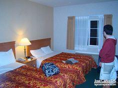 Hotel Days Inn Intl Airport West - San Francisco ($50/noche).