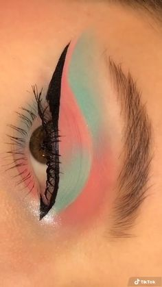 Asian Eye Makeup, Makeup Eye Looks, Eye Makeup Art, Natural Eye Makeup, Eye Makeup Remover, Blue Eye Makeup, Pretty Makeup, Eyeshadow Makeup, Hair Makeup