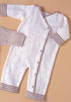 Popular baby fashion trends little girls Ideas Baby Girl Patterns, Baby Knitting Patterns, Knitting Designs, Crochet Pattern, Military Baby Pictures, Cute Baby Girl Names, Baby Names, Baby Girls, Tricot Baby