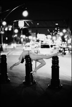 ballet street/photography/art contrast.