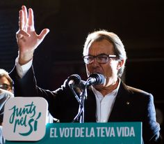 President of Catalonia Artur Mas speaks to wellwishers after the Catalanist coalition 'Junts pel Si' (Together for the Yes) won the regional elections held in Catalonia on September 27, 2015 in Barcelona, Catalonia.