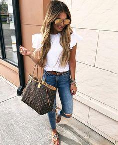 Casual In style ✔️✔️ @fashionrix . . . . . . . . . . #love #dubai #pageforsale #tweegram #photooftheday #20likes #amazing #smile…