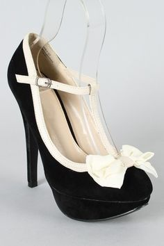 Would go perfect with my Bettie Page dress