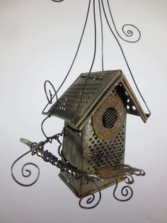 15 Fantastic Ways to Upcycle Cheese Graters via www.TheKimSixFix.com