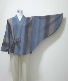Items similar to silk indigo blue kimono poncho : striped grayish indigo blue and pale brown / all hand sewing , Japanese fashion on Etsy Sewing Clothes, Diy Clothes, Clothes For Women, Batik Fashion, Fashion Sewing, Clothing Patterns, Dress Patterns, Robes Vintage, Blue Kimono