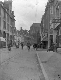 Gezicht in de Korte Jansstraat te Utrecht, uit het noorden. 1924