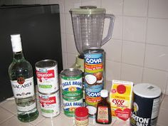 Ingredients to make Coquito Coquito (Eggnog) is a Christmas Holiday staple in Puerto Rico . Coquito is the drink of choice for Puerto . Christmas Drinks, Holiday Drinks, Holiday Recipes, Christmas Wine, Christmas Cupcakes, Christmas Recipes, Fruit Drinks, Bar Drinks, Yummy Drinks