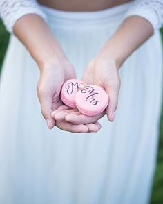 Hand Lettered Macarons by Inkwell and Co, LLC photography by Nicole Vince Photography. #Calligraphy #WeddingIdeas #HandLettering #Macarons #WeddingPhotographer #ColumbusOhio #WeddingCalligraphy