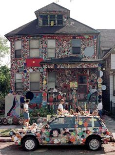Tyree Guyton's Heidelberg Project, a Detroit Stalwart, Will Come Down After 30 Years http://lnk.al/2ntM #artnews
