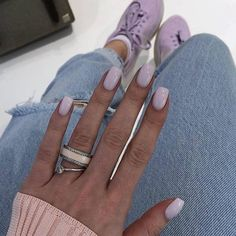 Want some ideas for wedding nail polish designs? This article is a collection of our favorite nail polish designs for your special day. Summer Acrylic Nails, Cute Acrylic Nails, Acrylic Nail Designs, Acrylic Tips, Stylish Nails, Trendy Nails, Nails Polish, Nail Polish Colors, Nail Manicure