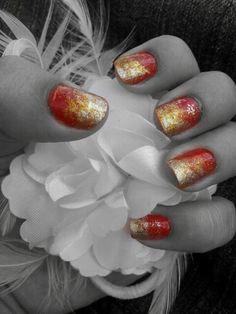 Esponjado vermelho e dourado