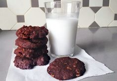 http://www.pforpeckish.com/favourite-chocolate-oat-cookies/