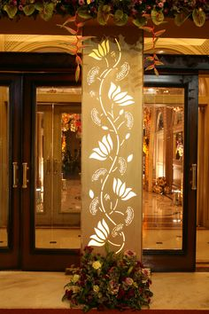 Entrance pillar decor