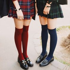 Veronica Sawyer and Heather Chandler Outfits Inspiration, Style Inspiration, Look Fashion, Korean Fashion, Fashion Goth, Five Jeans, Estilo Gossip Girl, Heather Chandler, Heathers The Musical