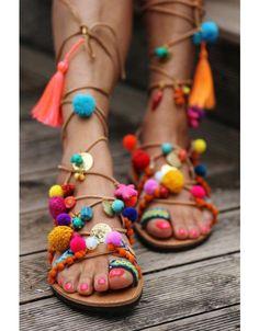 d83da1c546af Blumenmuster - Flower Power · Neuwaren von Designern im Schweizer  Vintage-Onlineshop   ZENABU Boho Sandals