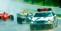 El origen del safety car en la #F1 | Mercedes Benz CLK 55 AMG, safety car de la F1 desde 1996 | #DriveSmart