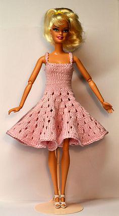Ravelry: #1112-robe rose pattern by stickatillbarbie.se