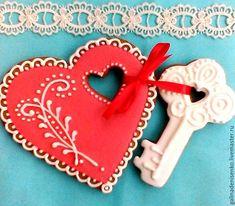 Купить Пряники для влюбленных. Набор пряников Сердце с Ключом - ярко-красный, пряник имбирный