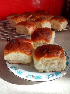Bardzo puszyste bułeczki | Moje Wypieki Good Mood, Bread, Recipes, Food, Bakken, Rezepte, Meals, Breads, Ripped Recipes