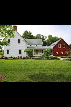 15 Aesthetic Farmhouse Exterior Designs Showing The Luxury Side Of The…