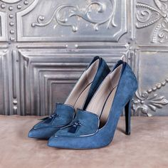 SEXY COLLEGE - blue suede  #altiebassi #autumn #winter #italianshoes