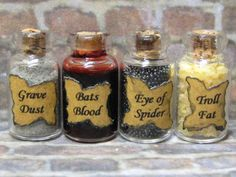 I found 'Halloween dollhouse miniature potion ingredient bottle set for your Witch or Wizard scene' on Wish, check it out! Halloween House, Holidays Halloween, Halloween Crafts, Halloween Decorations, Halloween Jewelry, All The Small Things, Mini Things, Haunted Dollhouse, Dollhouse Miniatures