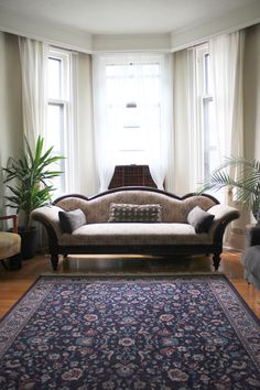 Classic rug with raised sofa.