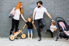 Ecosia - the search engine that plants trees Trees To Plant, Baby Strollers, Hipster, Children, Cute, Projects, Chairs, Baby Prams, Young Children