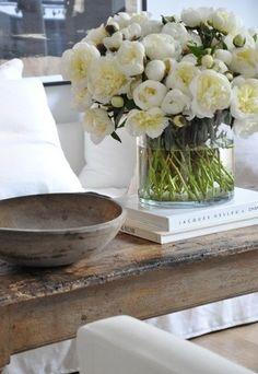 Fresh flowers Centre de table pour mariage. Centro de mesas para bodas. Wedding flowers. www.calaclemence.com