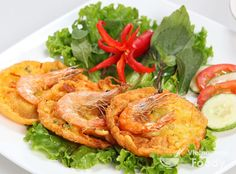 Vietnamese Fried Cake with Shrimp and Mung Bean (Bánh Tôm) - Vietnamese Foody #vietnamesefood #vietnamesecuisine