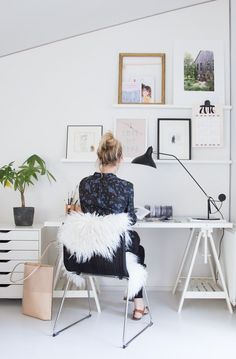 The My Scandinavian Home blog workspace gets a spring clean - thanks to the MANTIS from @Houseologists  :)
