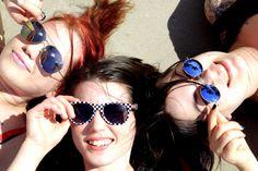 Uudet aurinkolasit? Lue Miss Ruki Verin EMP-blogi - saat vinkkejä uusien aurinkolasien hankintaan! Siirry blogiin: http://emp.me/9IV
