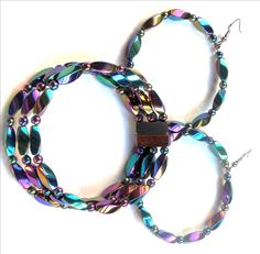 Hematite+Magnetic+wire+Bracelet+with+magnetic+clasps+for+Arthritis+Pain+Relief+or+for+Sports+Related+Therapy.    Hematite+also+prevents+and+reduces+Blood+Pressure,+Blood+Sugar,+Bone+Spurs,+Carpal+Tunnel+Syndrome,+Circulation+Problems,+Headaches,+Herniated+Slipped+Discs,+Knee+Replacement,+Numbness...