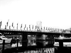 #buildingdesigner #sydney #inspiration #photography #architecture #designer #morning Sydney, Designer, New York Skyline, Architecture, Travel, Inspiration, Arquitetura, Biblical Inspiration, Viajes
