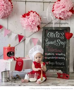 Sweet Shop Bakery Set - Easy DIY Photo Props for Valentine's Day - Compiled by… Valentine Mini Session, Valentine Picture, Valentines Day Baby, Valentines Day Pictures, Valentine Photos, Diy Valentine, Photography Mini Sessions, Holiday Photography, Photography Ideas