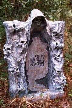 Prop Showcase: Show us your stones - Page 3 halloween tombstones ideas Creepy Halloween Props, Halloween Lawn, Halloween Tombstones, Halloween Graveyard, Halloween Village, Scary Halloween Decorations, Outdoor Halloween, Halloween Birthday, Halloween Projects