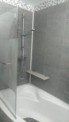 salle de bain pas cher lambris pvc vasque baignoire carrelage
