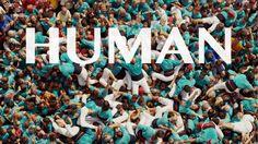 İNSAN OLMANIN ANLAMINA DAİR BİR BELGESEL: HUMAN http://www.sanatblog.com/insan-belgeseli-human/